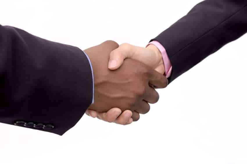 Four Ways to Improve the Lead-to-Sales Handoff